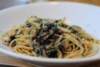 mushroom garlic pasta