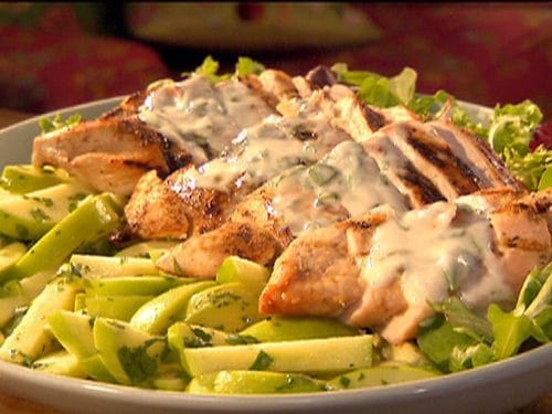 Grilled Chicken with Mint Yogurt Sauce