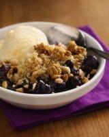blueberry granola crisp