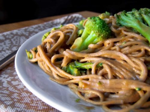 Chinese Noodles and Broccoli in Peanut Sauce
