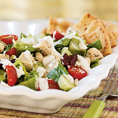 Low Calorie Greek Salad Recipe with Chicken - 4 Points + - LaaLoosh