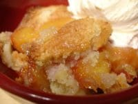 low calorie peach cobbler