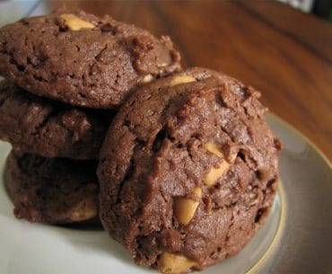 chewy chocolate peanut butter cookies