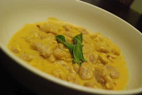 Butternut Squash Pasta Sauce Recipe – 1 Points + - LaaLoosh