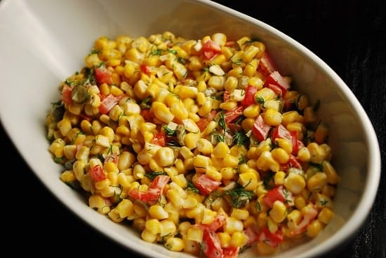 corn salad with red pepper and dill