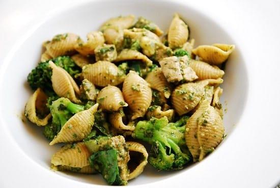 shells with sausage and broccoli pesto