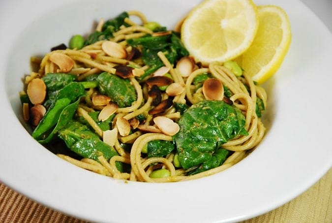 Lemon Spinach Pesto Pasta Recipe – 6 Points + - LaaLoosh