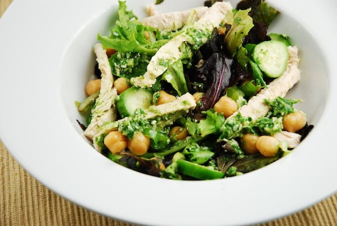 chicken and garbanzo bean pesto salad