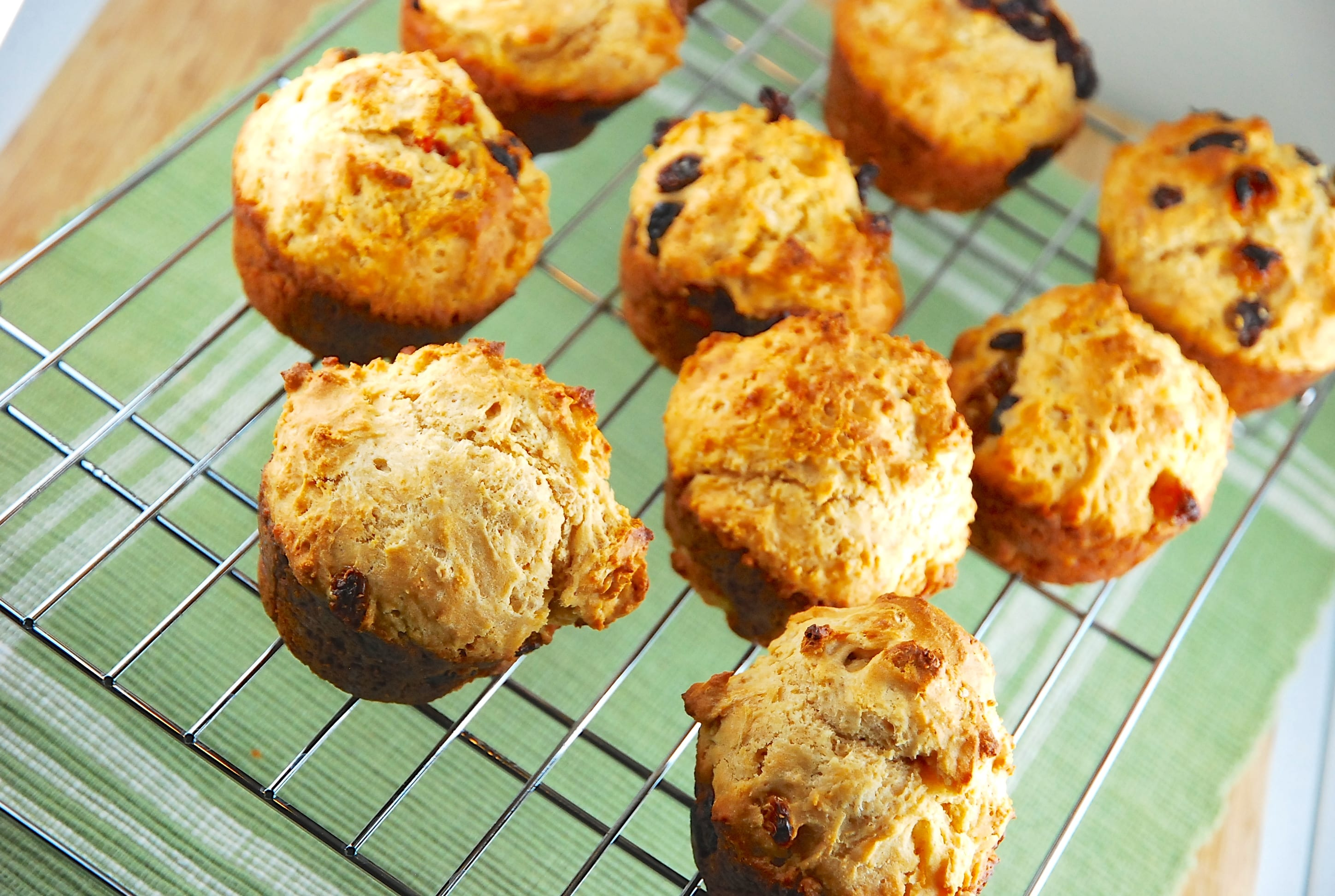 Irish Soda Bread Muffins Recipe - 4 Points + - LaaLoosh