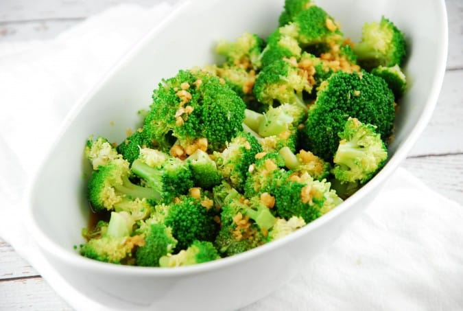 Tangy Garlic Broccoli Recipe