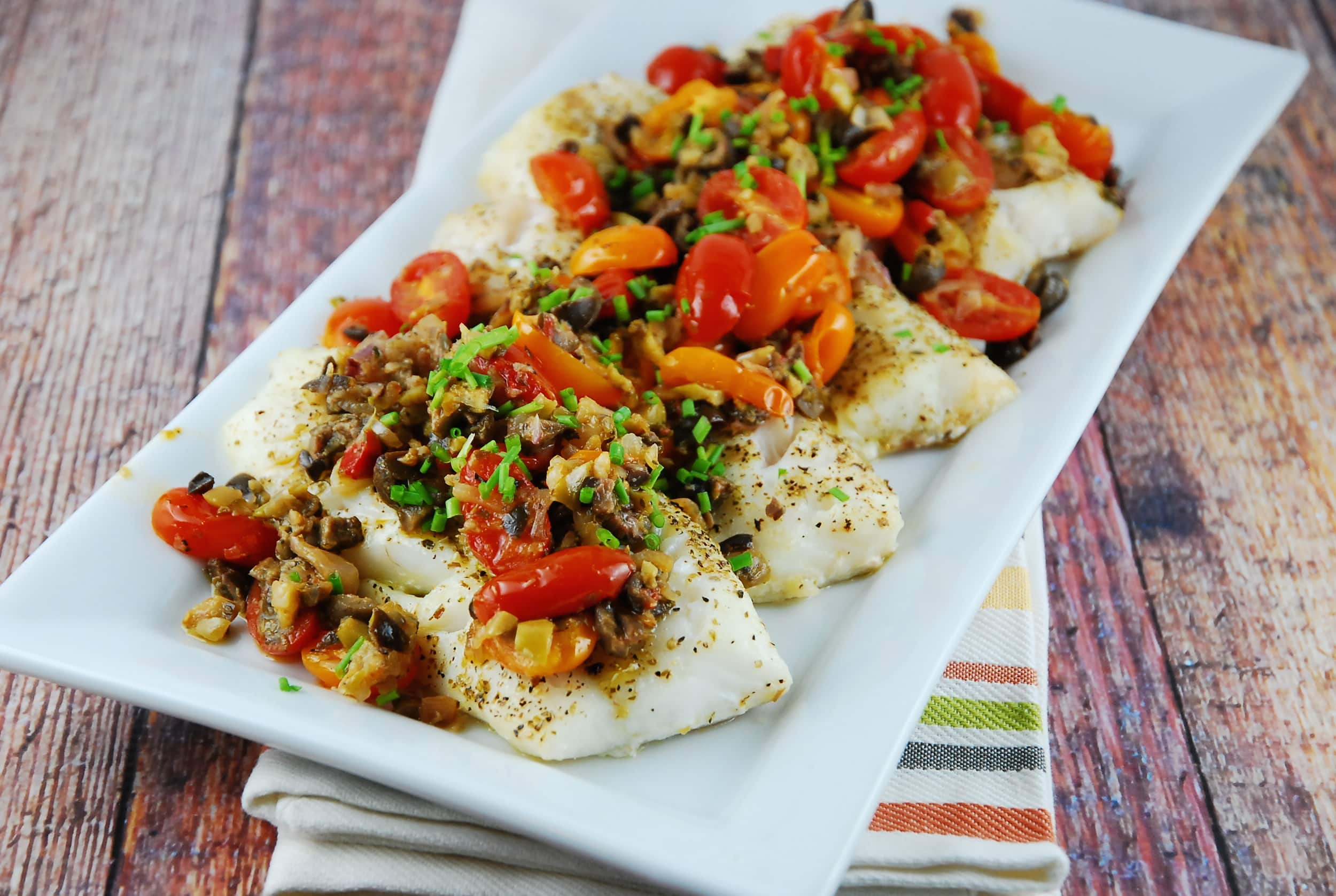 Baked cod with olive and tomato tapenade 4 points laaloosh for Easy cod fish recipes