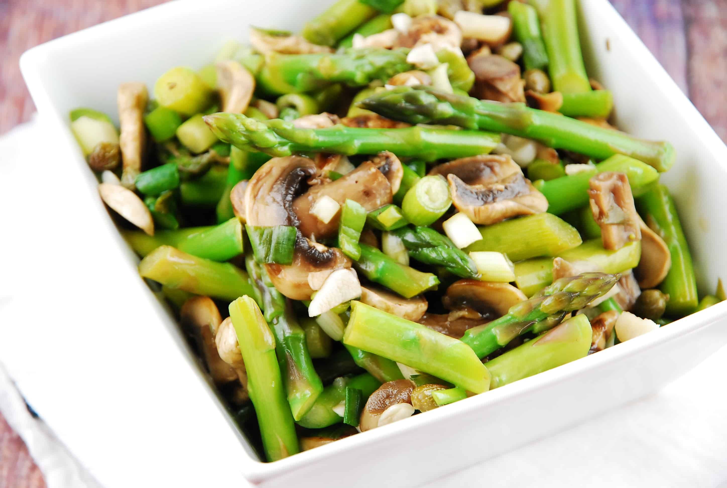 Warm Mushroom and Asparagus Salad Recipe - 2 Points + - LaaLoosh