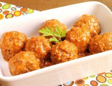 Baked Cranberry Meatballs 675x450 1