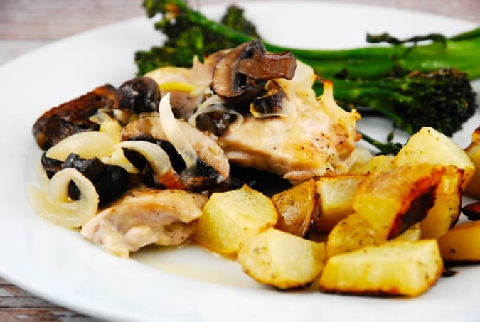 Mushroom Chicken with Creamy Wine Sauce
