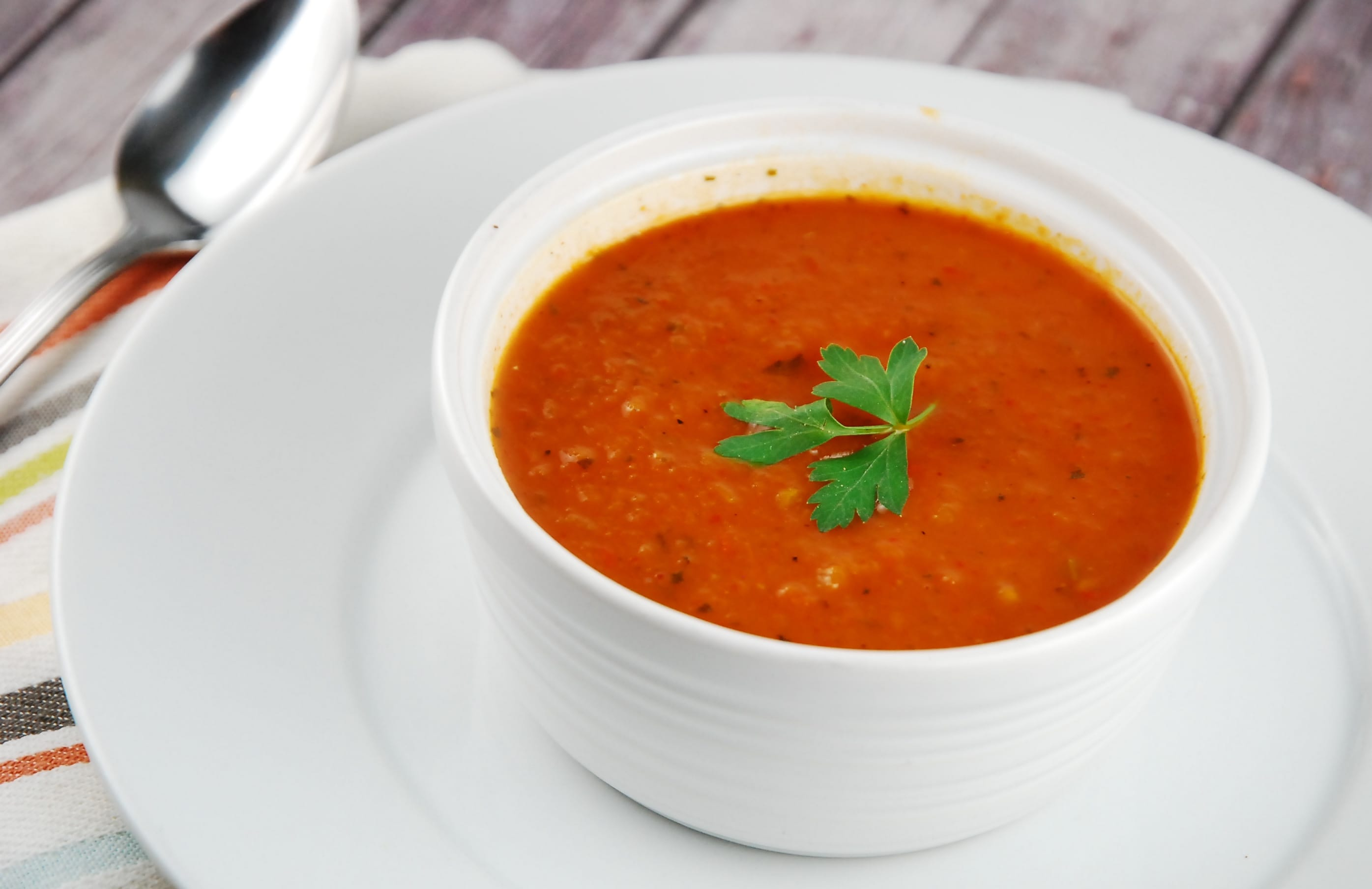 Roasted red pepper and tomato soup recipe 1 point laaloosh for Roasted pepper tomato soup