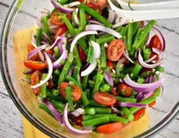 green bean summer salad 675x484 1