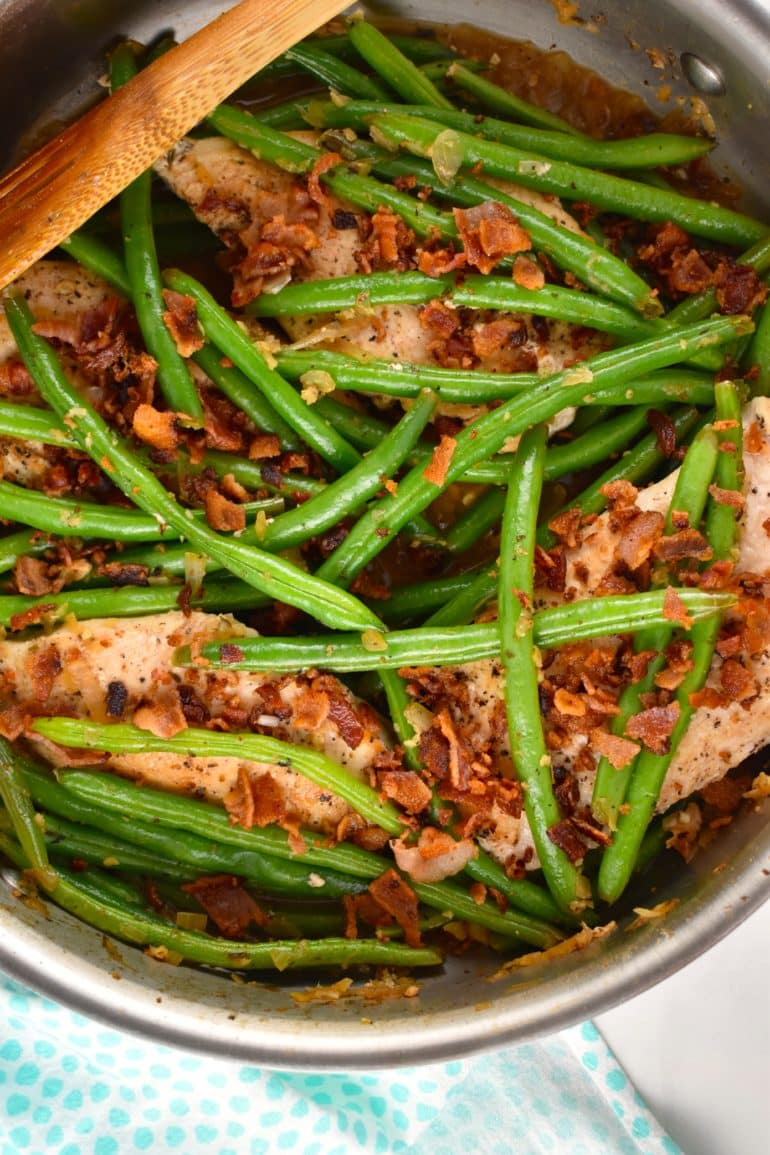 One Pan Chicken, Green Beans, and Bacon
